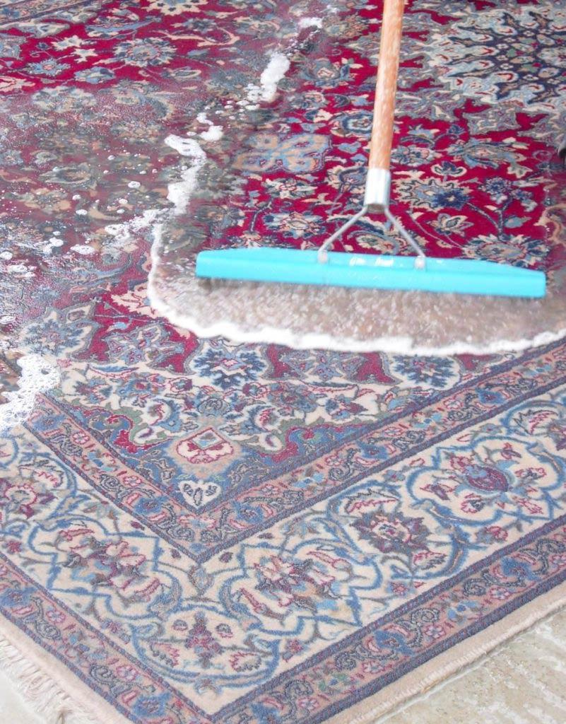 Палас как чистить в домашних условиях
