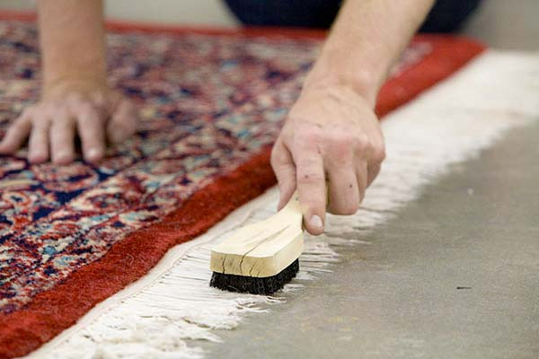 How to Know If You Want Oriental Rug Cleaning And How To Do It Yourself